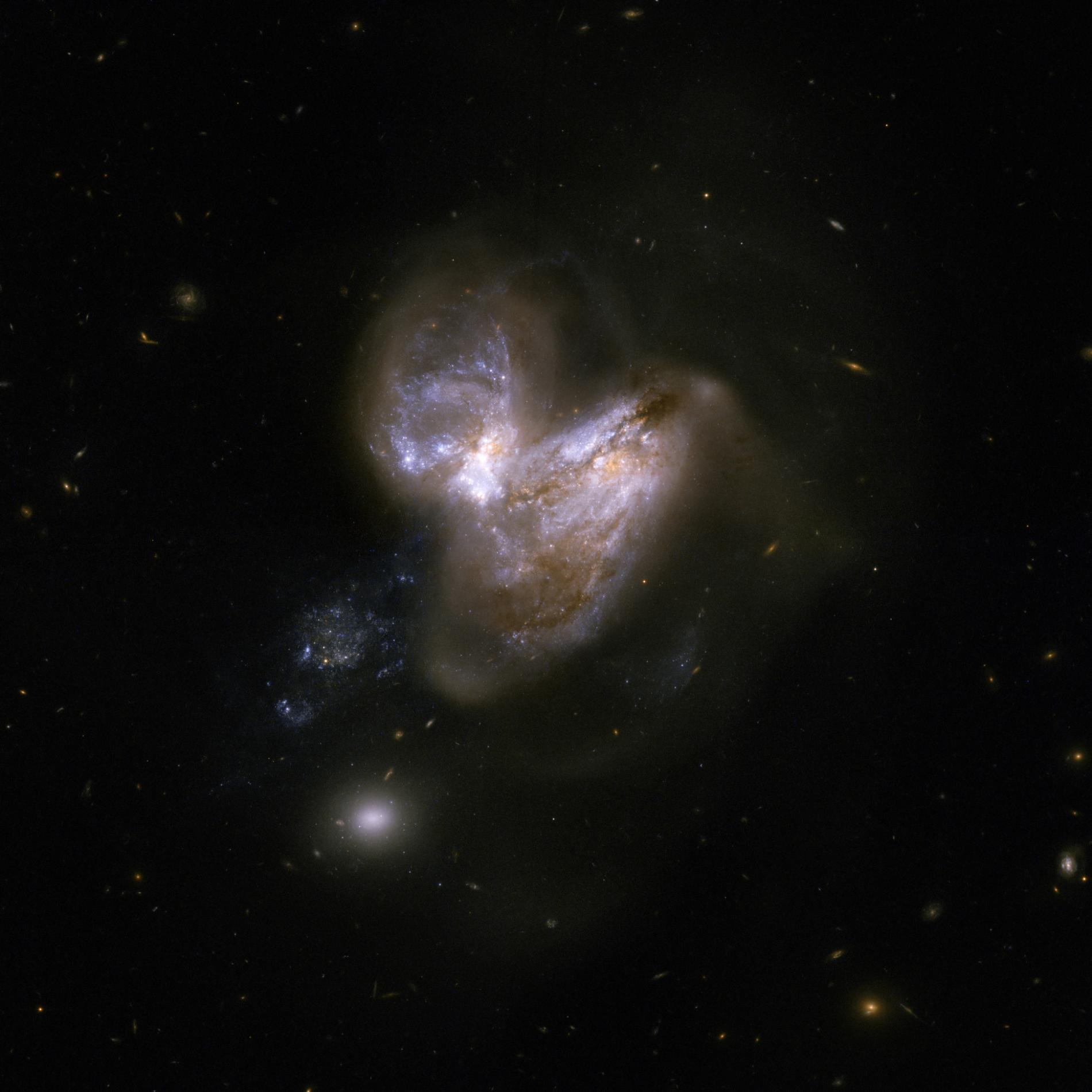 Resultado de imagen de Este evento ocurrió en la galaxia Arp-299-B