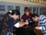 Alumnos trabajando en su proyecto MFL-02